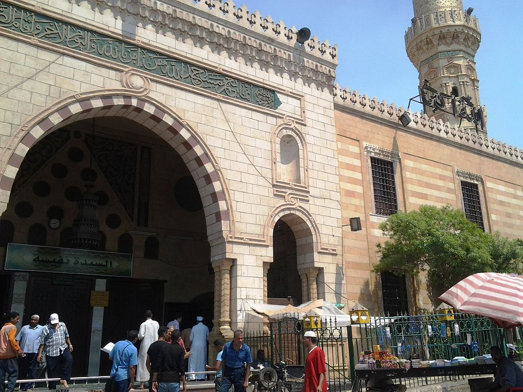 Sayeda_Nafisa_Mosque_004