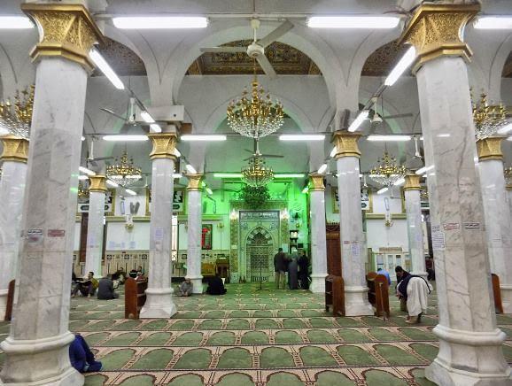 مسجد-السيدة-نفيسة-2