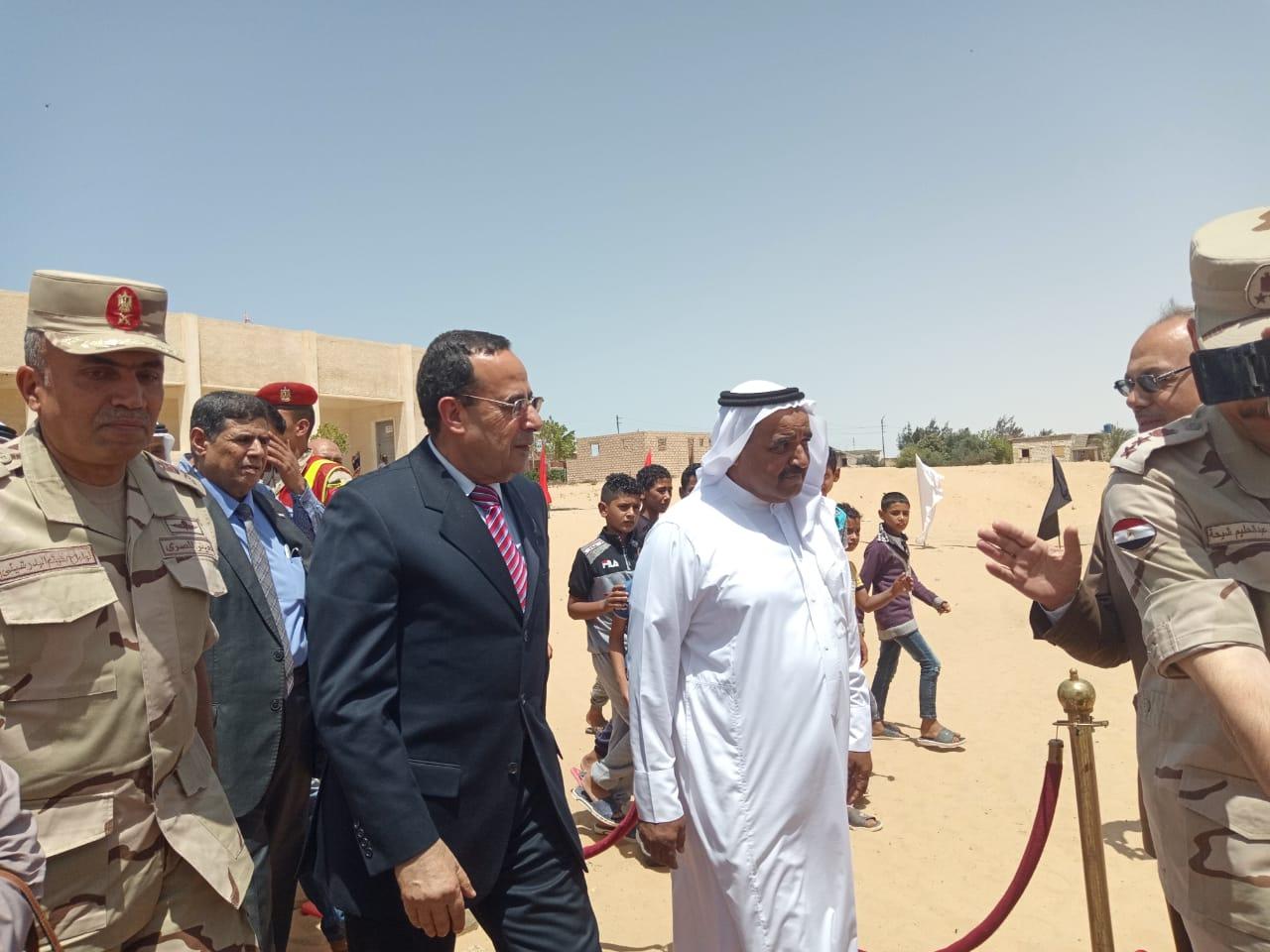 محافظ شمال سيناء يفتتح توسعات مدرسة  الشهيد رائد عمرو فريد بقرية الكرامة (9)