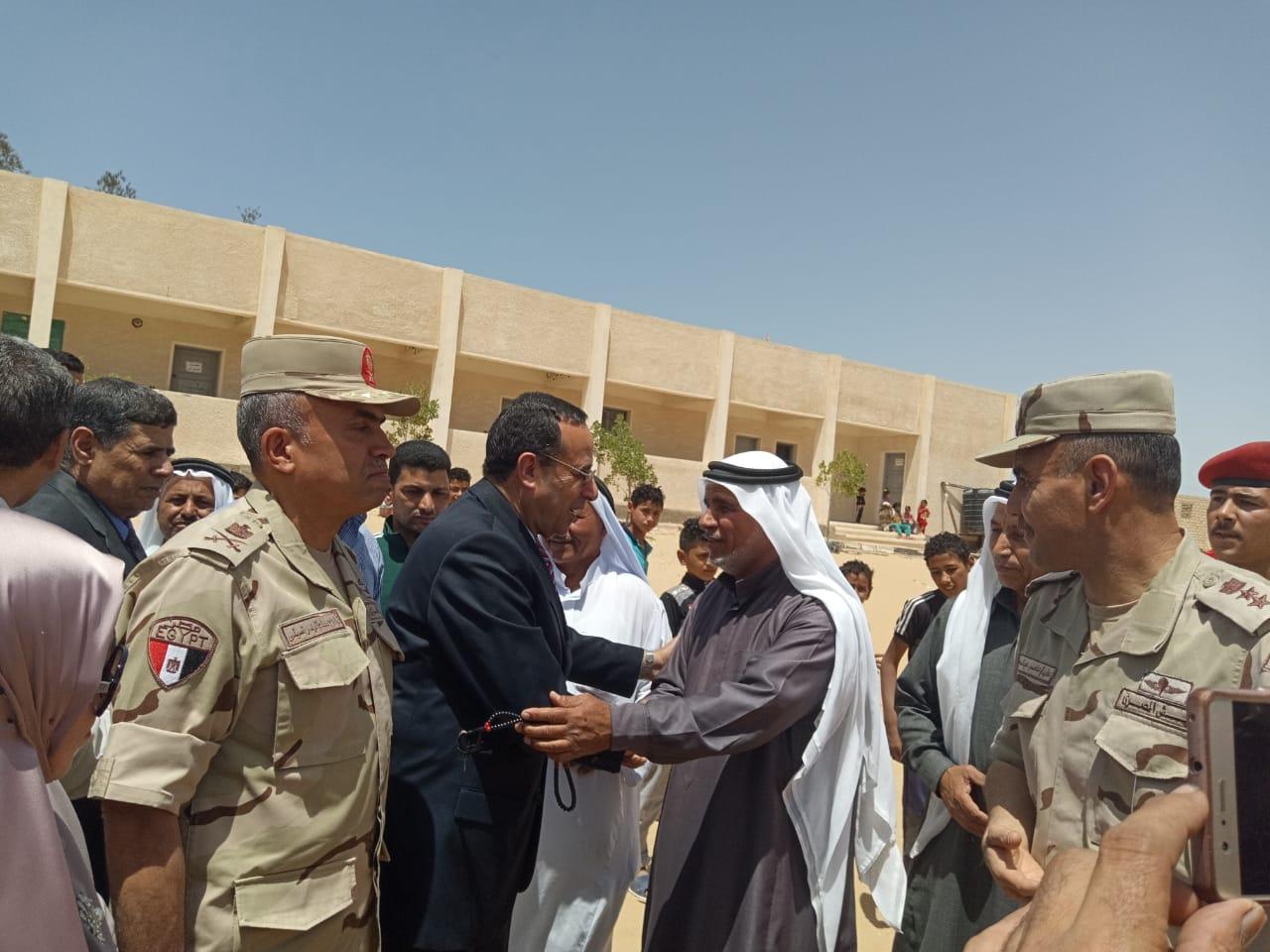 محافظ شمال سيناء يفتتح توسعات مدرسة  الشهيد رائد عمرو فريد بقرية الكرامة (15)