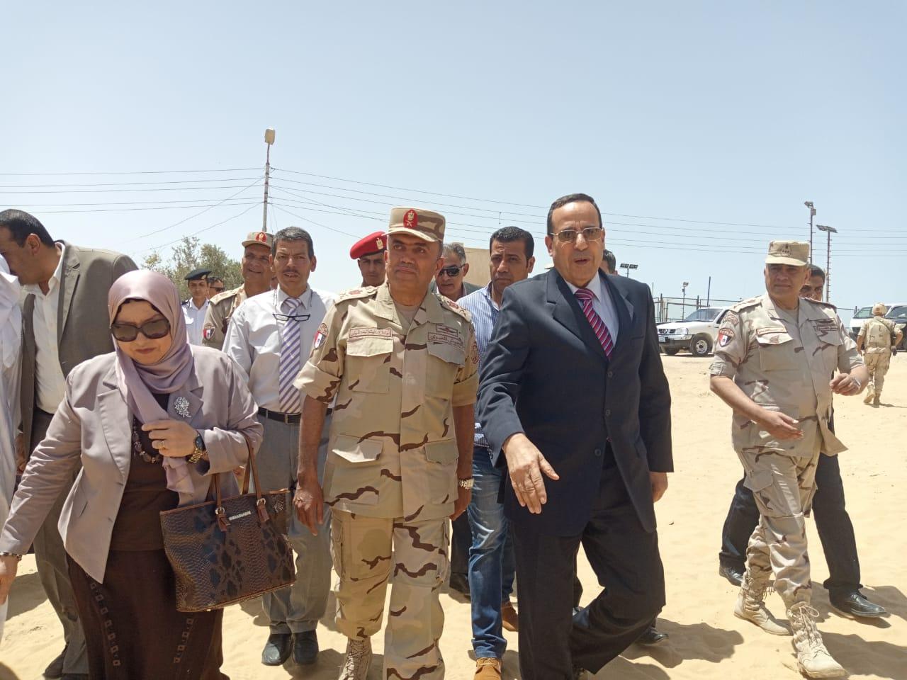 محافظ شمال سيناء يفتتح توسعات مدرسة  الشهيد رائد عمرو فريد بقرية الكرامة (10)