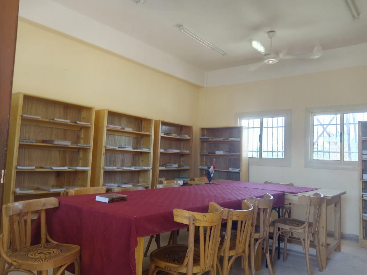 محافظ شمال سيناء يفتتح توسعات مدرسة  الشهيد رائد عمرو فريد بقرية الكرامة (2)