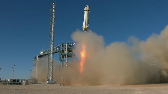 لحظة إطلاق الصاروخ نيو شيبرد  (7)