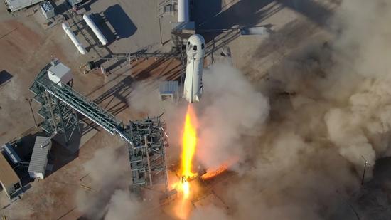 لحظة إطلاق الصاروخ نيو شيبرد  (2)