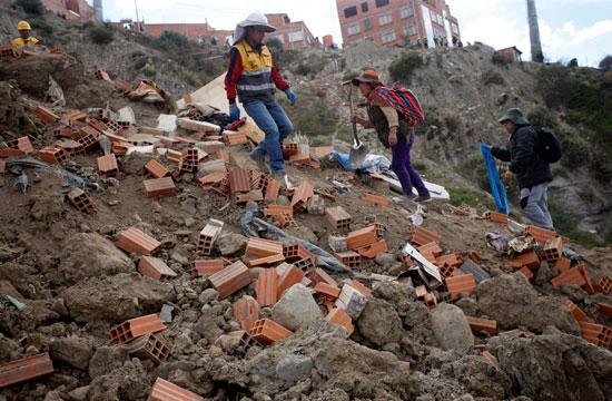 انهيار أرضى فى بوليفيا (12)