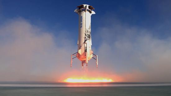 لحظة إطلاق الصاروخ نيو شيبرد  (1)
