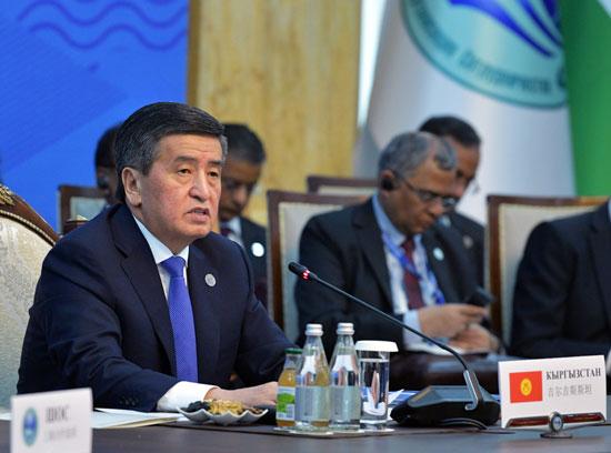 رئيس قرغيزستان سورونباي جينبيكوف