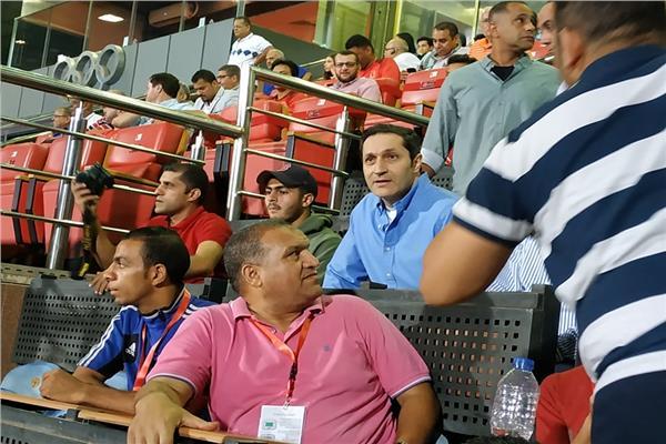 علاء مبارك في المدرجات