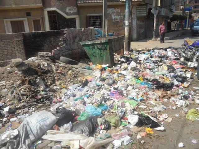 هل تتخلى المحافظات عن جمع القمامة