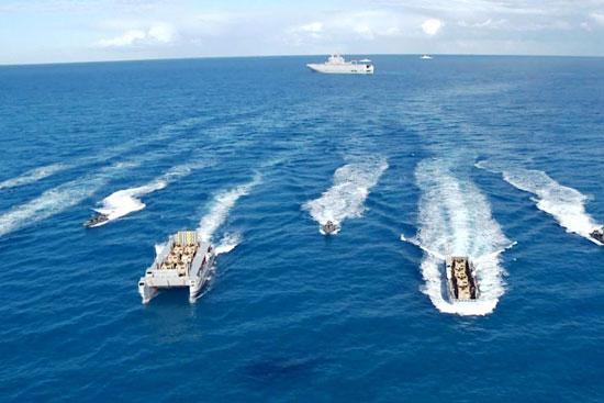 القوات البحرية تنفذ عملية تدريبية فى البحر المتوسط (1)