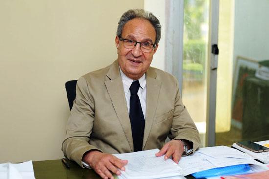 الدكتور محمد العزازي
