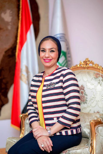 الدكتورة ياسمين الكاشف