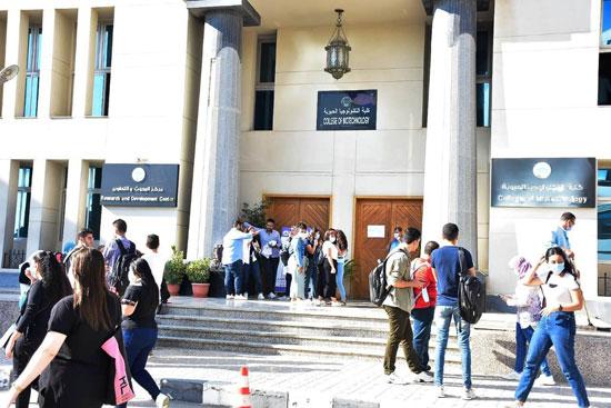 جامعة مصر للعلوم والتكنولوجيا (12)