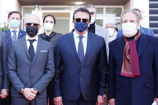 وزير-التعليم-العالى-يتوسط-خالد-الطوخي-ومحمد-العزازي