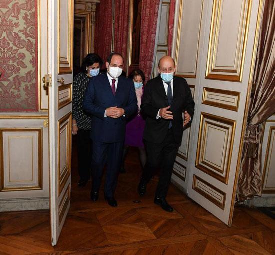 74696-زيارة-الرئيس-السيسى-فى-فرنسا-(5)