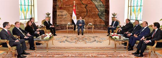 47176-الرئيس-عبد-الفتاح-السيسي-يستقبل-رئيس-مجلس-النواب-الشيلي--(2)
