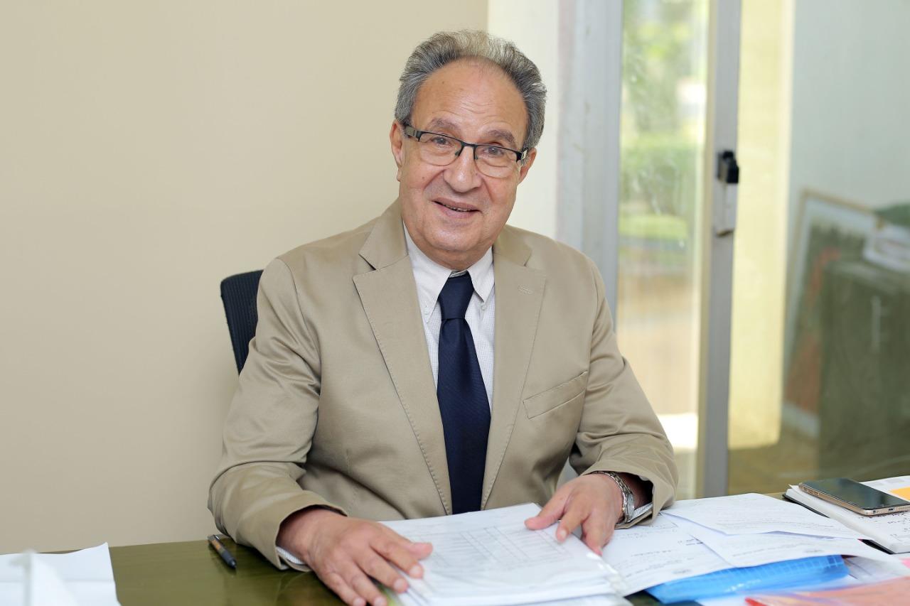 الدكتور محمد العزازي، رئيس جامعة مصر للعلوم