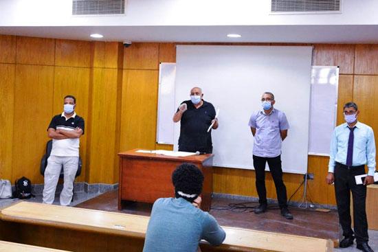 طلاب جامعة مصر للعلوم والتكنولوجيا  (3)