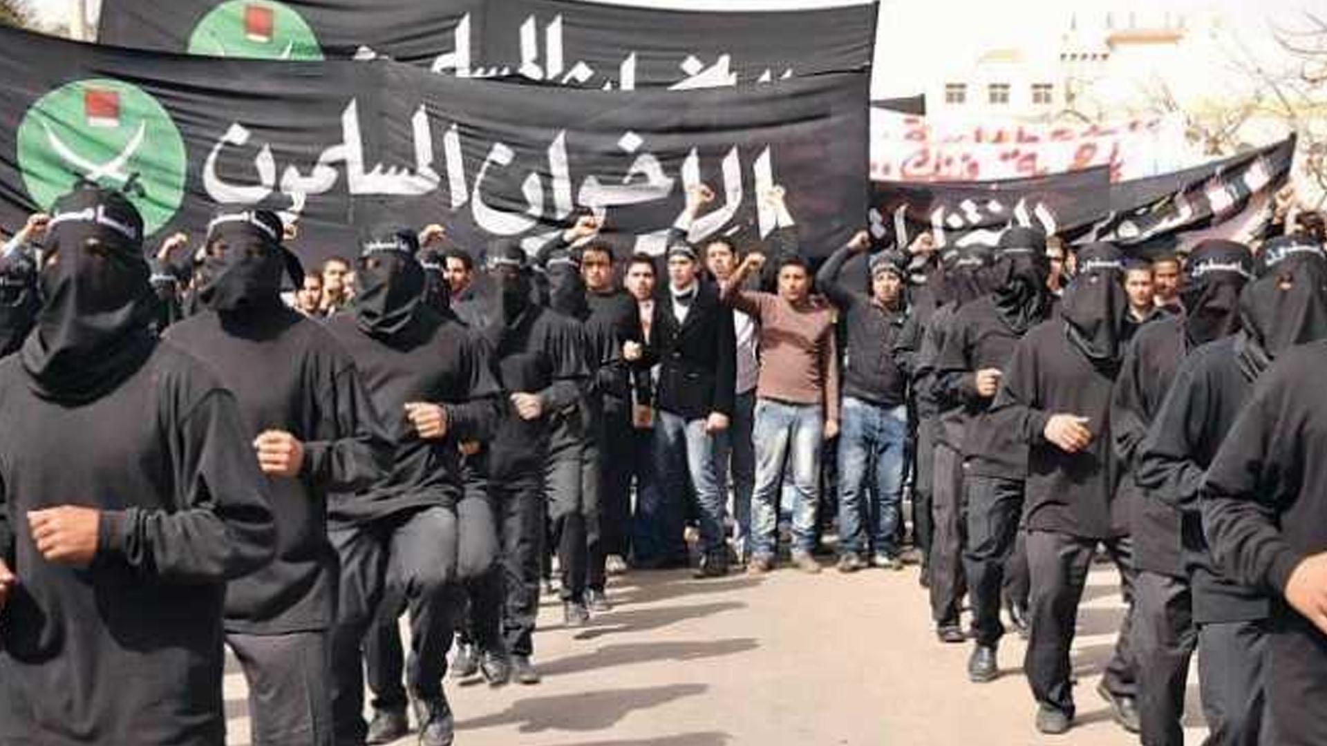مصر..-نواب-برلمانيون-يضعون-خريطة-لمواجهة-كتائب-الإخوان-الإلكترونية-