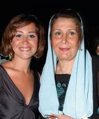 منة شلبي ووالدتها زيزي مصطفي