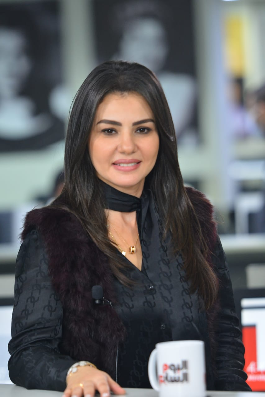 دينا فؤاد تتصدر ترند تويتر (2)