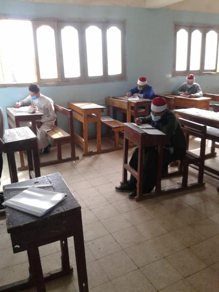 امتحانات المعاهد الأزهرية (3)