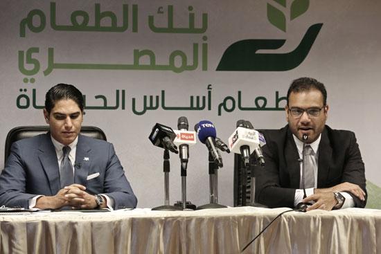 مؤسسة أبو هشيمة الخير وبنك الطعام يوقعان برتوكولا لمساعدة مليون مصرى (1)