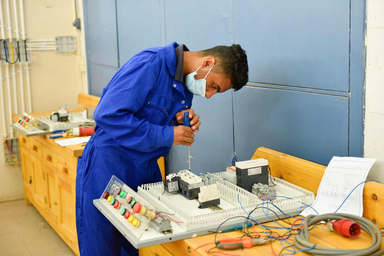 التربية والتعليم تعلن عن فتح باب الالتحاق بمدرسة متولي الشعراوي للتكنولوجيا التطبيقية  (12)