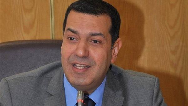 محافظ أسيوط:إزالة الاشغالات من أمام موقف سرفيس «عبد اللاه»