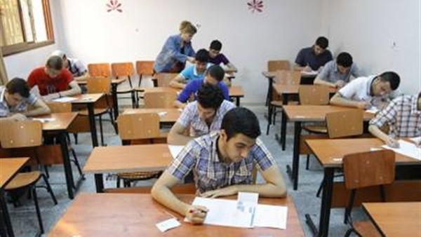 محافظ الأقصر يعتمد مواعيد امتحانات الفصل الدراسي الثاني