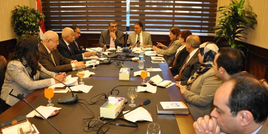 وزير الصحة: لجنة صناعة الدواء هدفها الارتقاء بمنظومة الشركات
