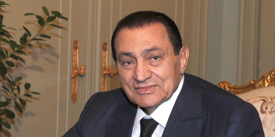 أسرار الشرق الأوسط فى جعبته.. تفاصيل حوار مبارك الأخير  مع فجر السعيد