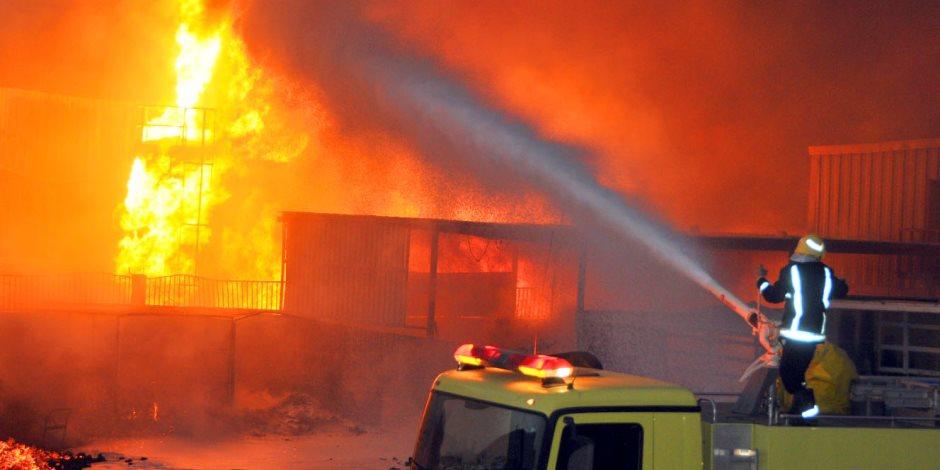 السيطرة على حريق بمستودعات الفيصلية في الرياض.. اعرف التفاصيل