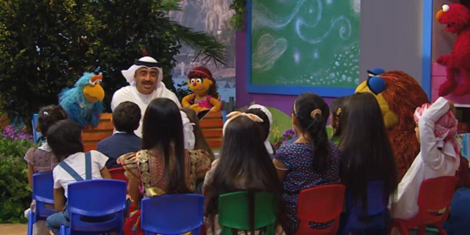 عبدالله بن زايد.. وزير خارجية يتقن استخدام الفن والإعلام في دعم الإمارات