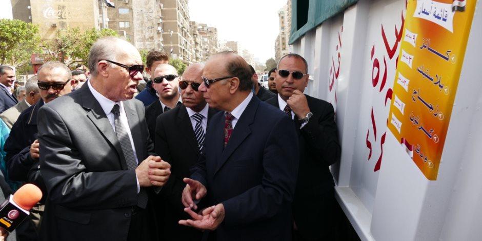 محافظ القاهرة يفتتح منفذ شراء القمامة.. ويؤكد: سنعمم الفكرة (فيديو)