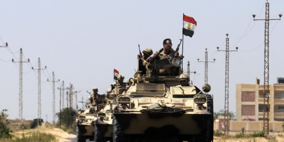 الأمن يعيد فتح طريق العريش بشمال سيناء.. وعبور حجاج قطاع غزة