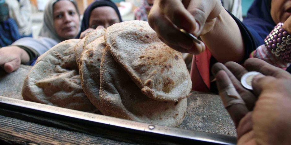 التموين تنهي الجدل: لم نحذف شخصا واحدا من منظومة الخبز
