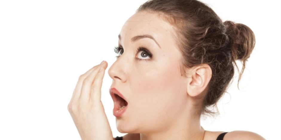 اصنعى من غسول الفم علاج يقضى على فطريات القدم