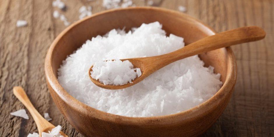 علشان حلاوتك تبقى زيادة .. تعرفي على فوائد الملح لجمال بشرتك