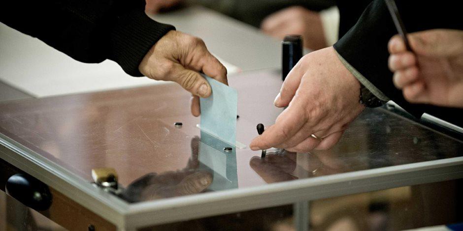الحزب الحاكم في الجزائر يتصدر نتائج الانتخابات التشريعية