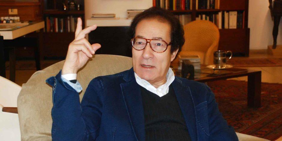 «جدل مراهقين».. فاروق حسني يتحدث عن أزمة قلادة نجيب محفوظ