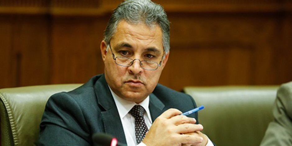 خناقة برلمانية.. استقالة مجلس أمناء مدينة الشروق يتسبب في أزمة تحت قبة البرلمان