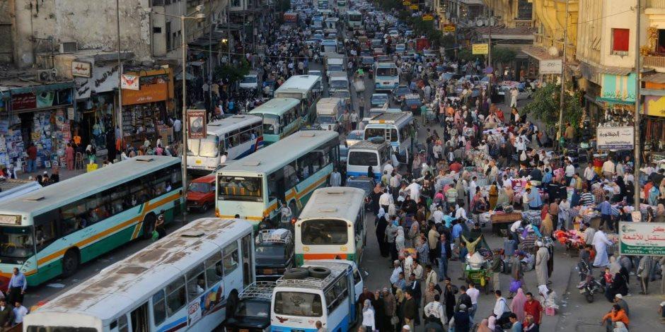 كثافات مرورية مرتفعة بمحاور القاهرة والجيزة