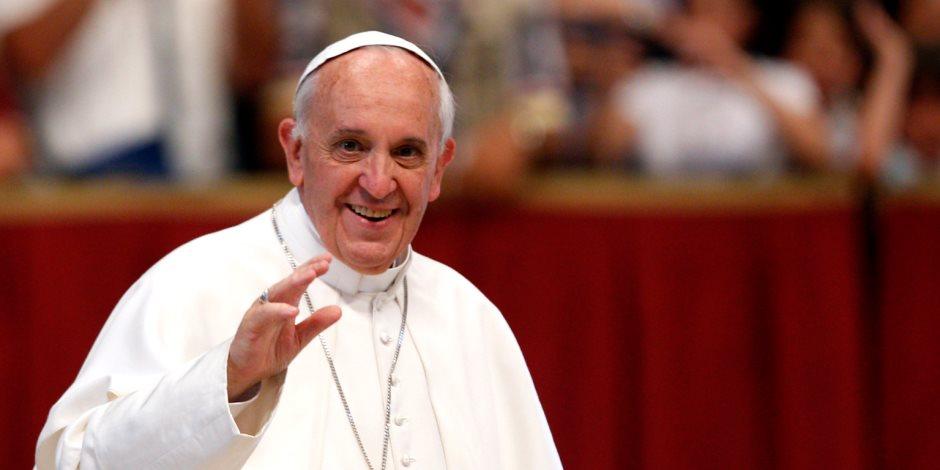 بابا الفاتيكان يغرد في حب مصر: سأزورها كـ«حاج للسلام»