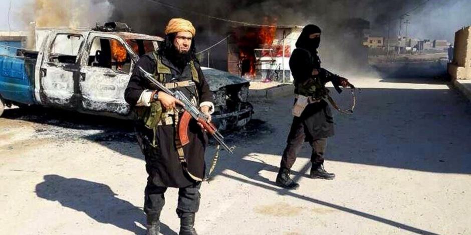 مسلحون دواعش يلقون السلاح فى شرق أفغانستان وينضمون لعملية السلام