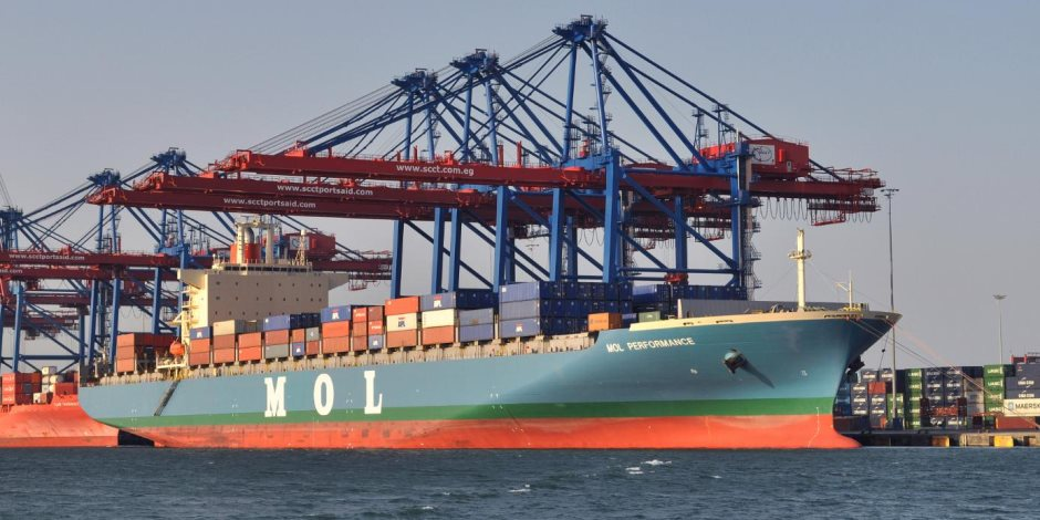 إعادة فتح ميناء سفاجا في البحر الأحمر بعد تحسن الأحوال الجوية