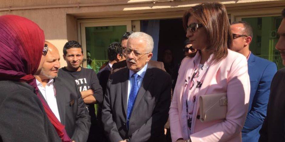وزير التعليم يتفقد جمعية الباقيات الصالحات للأيتام (صور)