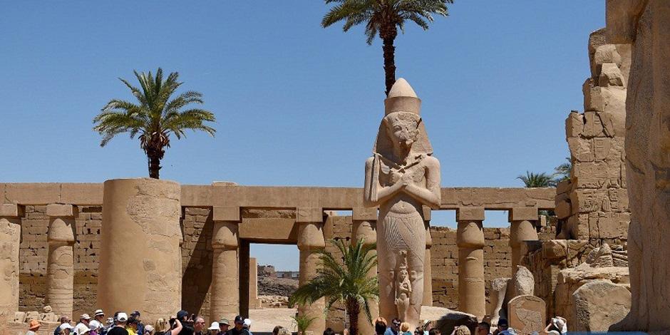 """معابد الكرنك تستعد لاستقبال حفل ختام """"الأقصر عاصمة الثقافة العربية"""" (صور)"""