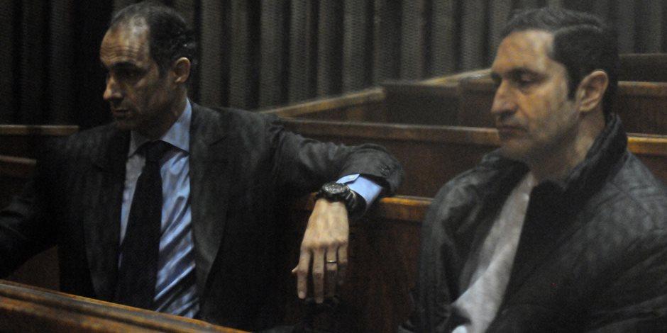"""تأجيل محاكمة علاء وجمال مبارك و7 رجال أعمال أخرين في """"التلاعب بالبورصة"""""""