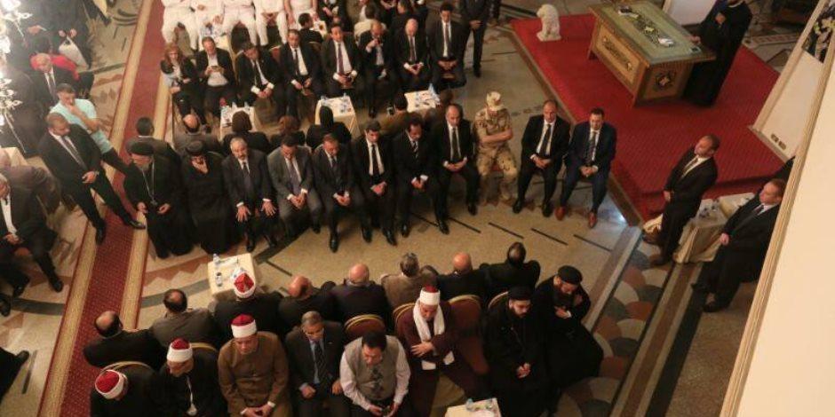 المقر البابوي بالإسكندرية يقيم عزاء لشهداء كنيسة مارمرقس (صور)